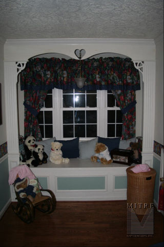 Window Seat Archway with faux columns & decorative heart cut-out brackets