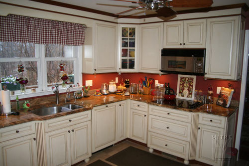 Cabinetry features: full overlay mitred doors, dovetailed full extension slides