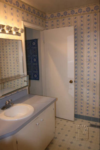 bathroom remodeling -before picture