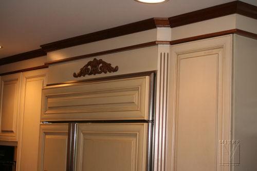 3 piece crown detail
