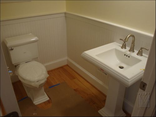 Powder Room Beadboard Wainscoting