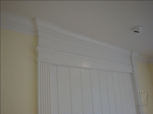 Fireplace Mantel & Pilasters - Close-Up