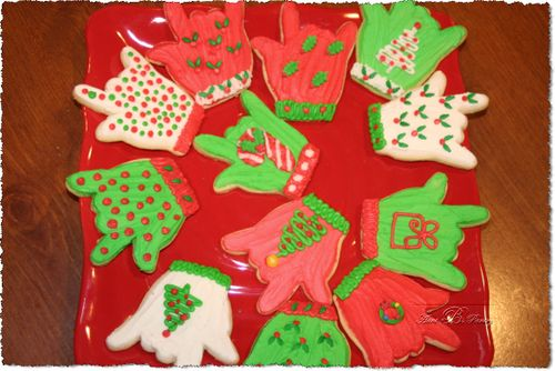 Sugar Cookies - Christmas Gloves