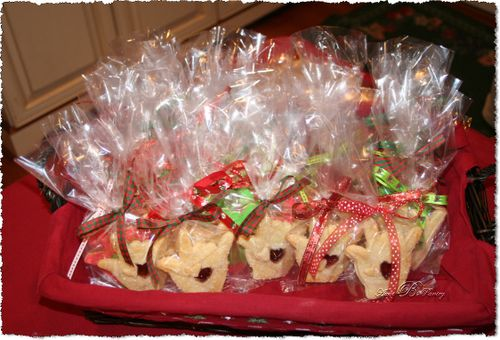 Christmas Gift Basket - Jelly Cookies