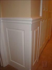 Outside corner detail of raised panel wainscoting
