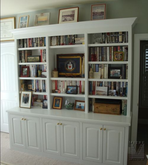 Office-Built-In Bookcase Cabinetry