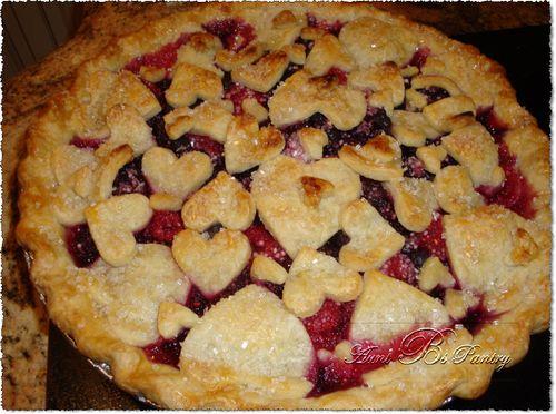 Aunt B's Famous Triple Berry Pie