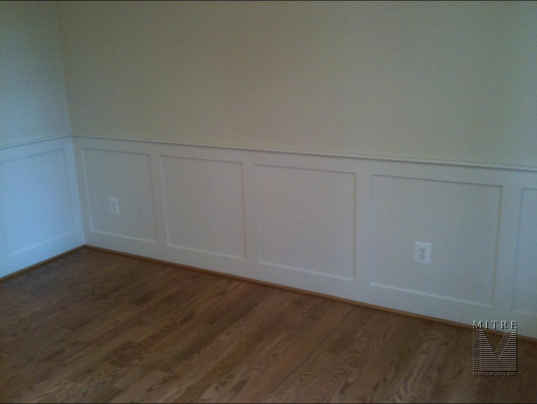 Flat Wall Paneled Wainscot