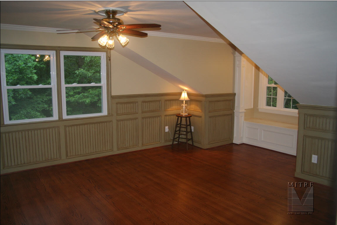 WAINSCOTING MITRE CONTRACTING INC - Colored beadboard panels
