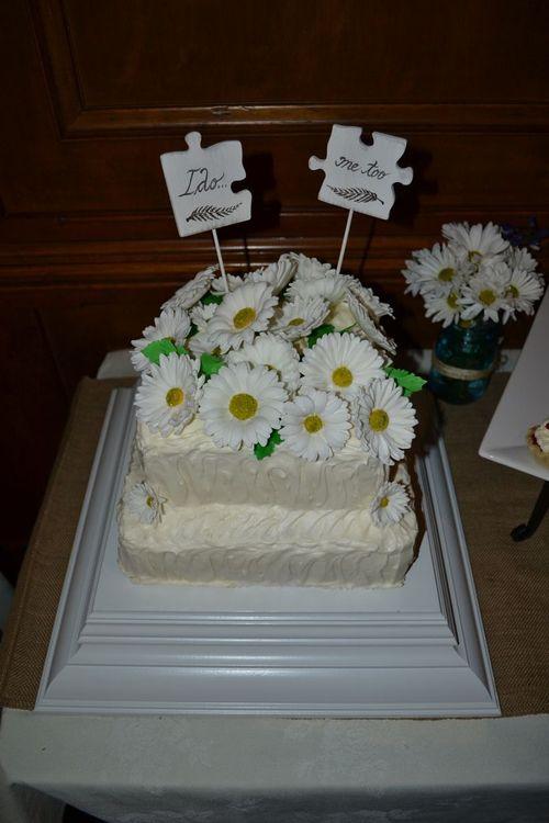 Wedding Cake: Red Velvet & Spice Cake