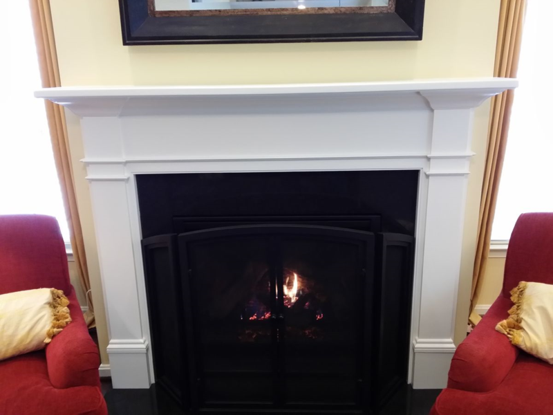 Fireplace Mantel with plain pilaster legs