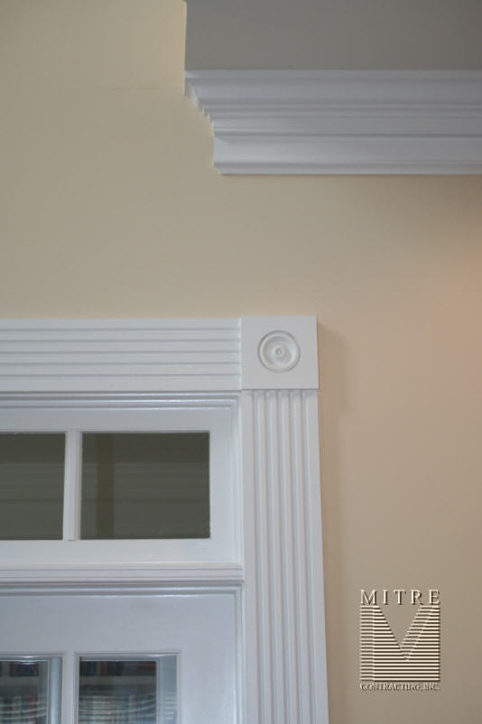 3 Piece Crown Moulding Detail #2