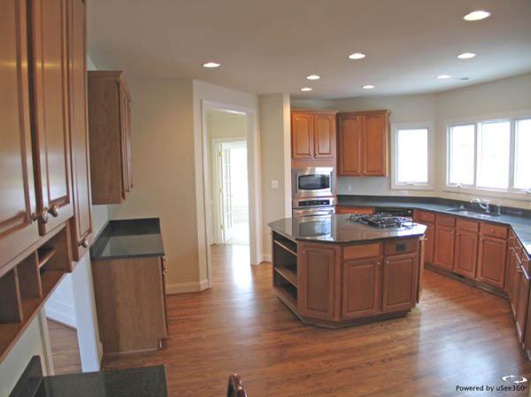 Gainesville - Kitchen