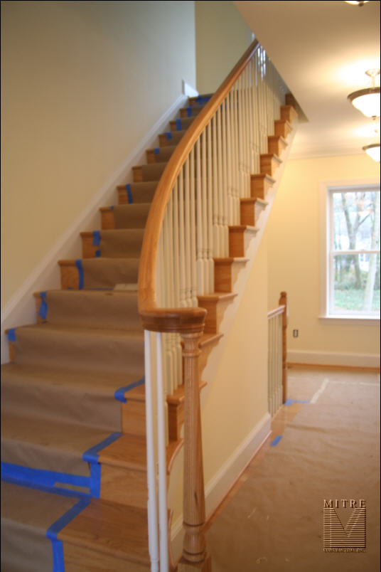 Flaired Oak Balustrade (1 of 2)