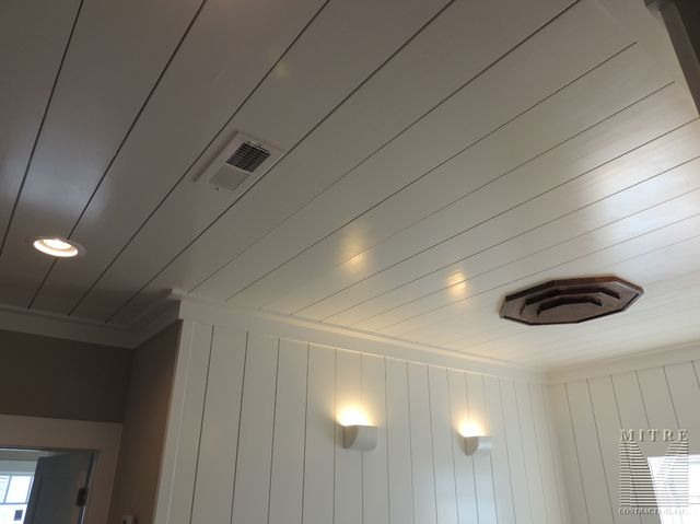 Ceiling Treatments Upper Hallway 1x8 Wall Amp Ceiling Treatment