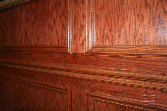 Close-Up of Oak Wall Treatment