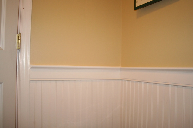 Wainscoting Amp Chair Rail 36 Quot High Beadboard In Mud Room