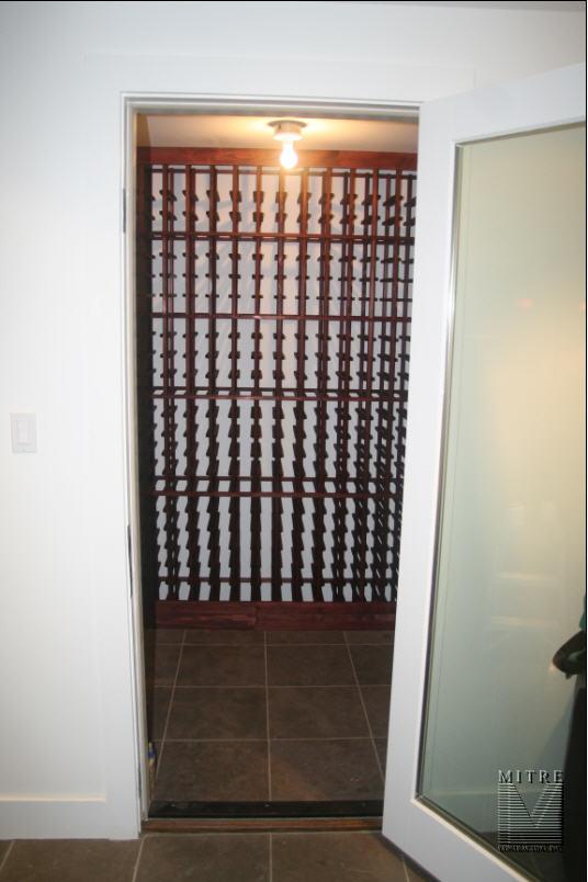 F. 1000 Bottle Wine Cellar - 1 of 5